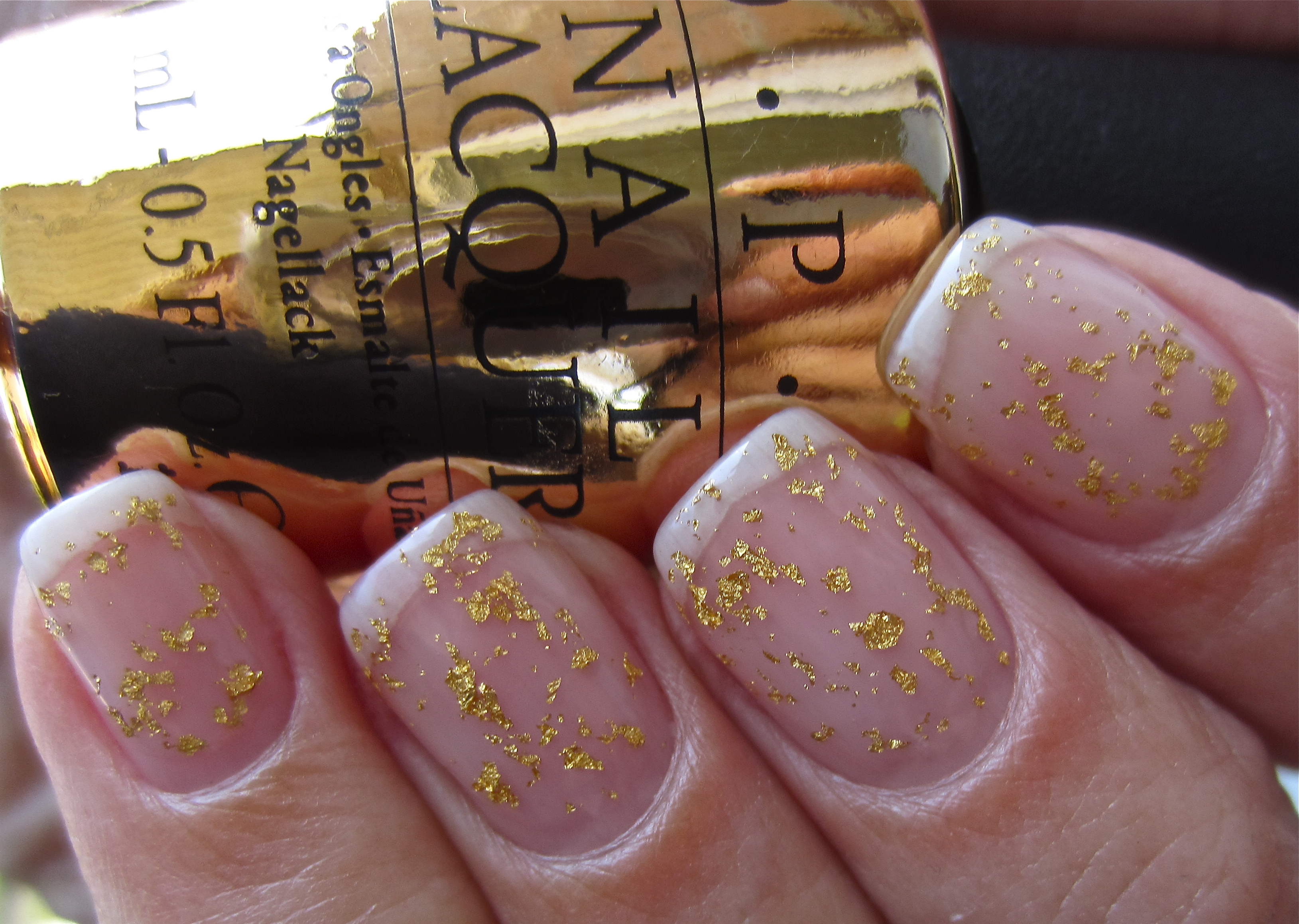 OPI – \'The Man with the Golden Gun\' Real 18K Gold Top Coat (swatches ...