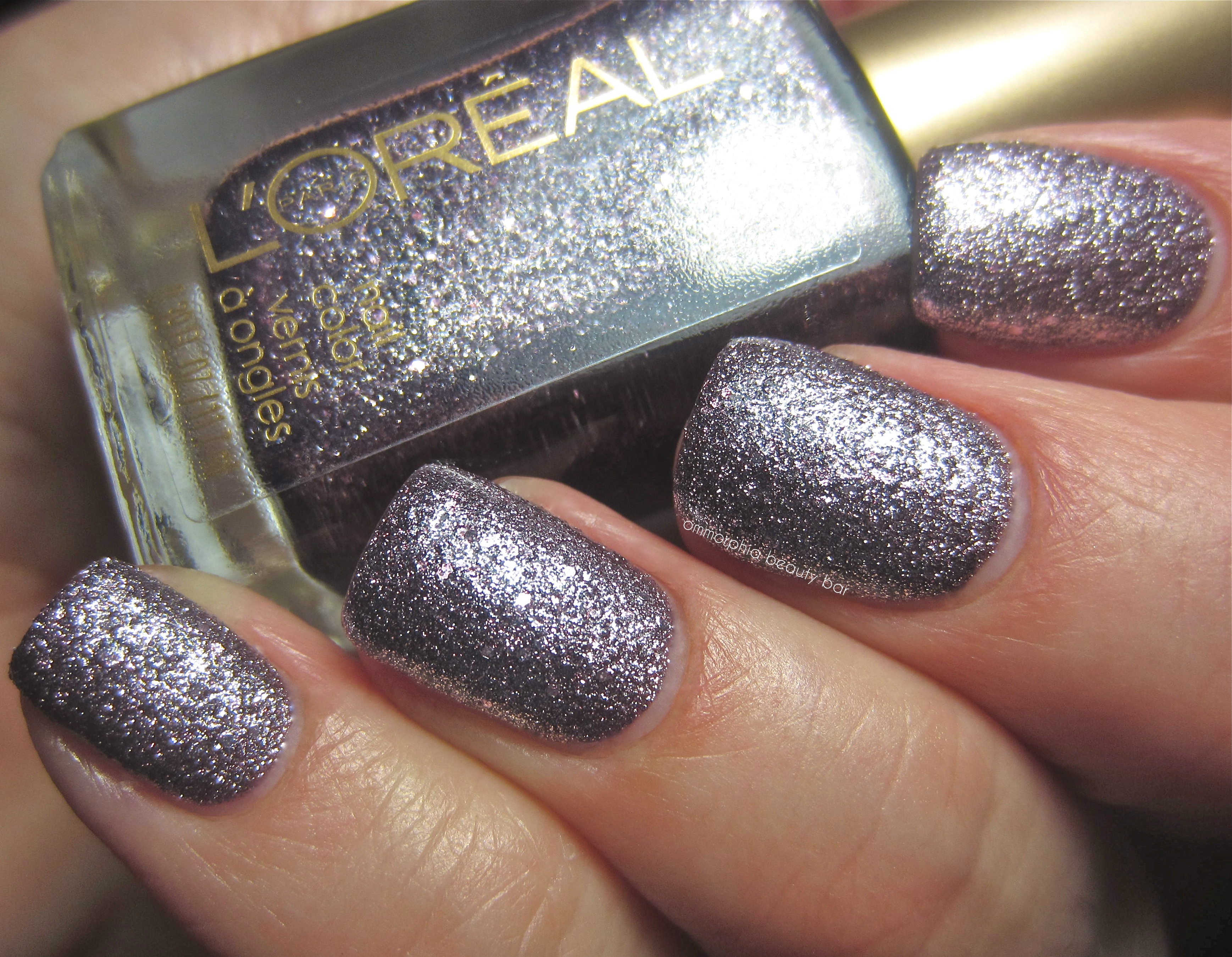 L\'Oréal Paris – Gold Dust Nail Color | ommorphia beauty bar